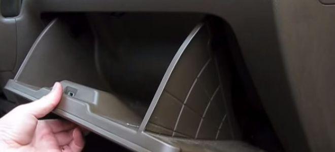 Замена салонного фильтра Хонда СРВ
