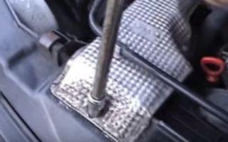 Замена воздушного фильтра Мерседес Спринтер 311