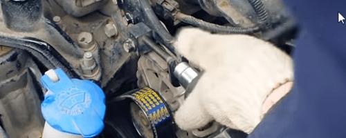 Замена ремня генератора Киа Рио 3 и доработка натяжителя
