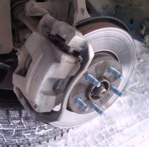 Замена задних тормозных колодок Chevrolet Cruze