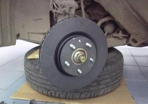 Устанавливаем тормозной диск Ниссан Кашкай