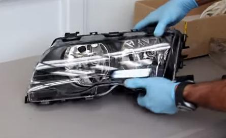 Установка нового стекла фары БМВ Е46