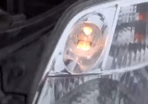 Работа габаритной лампы Киа Пиканто
