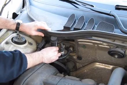 Подключаем шланг воздуха Volvo V70