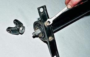 Замена подвесного подшипника Ваз 2107