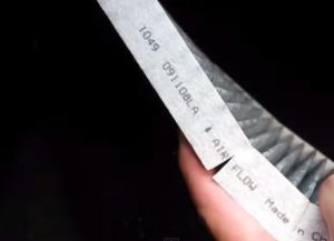 Стрелка на салонном фильтре Додж Караван