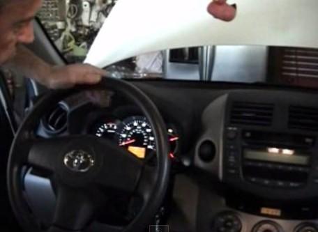 Запускаем двигатель Тойота Рав 4 (2008)