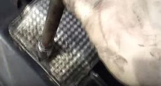 Устанавливаем металлическую защиту Мерседес Спринтер 311