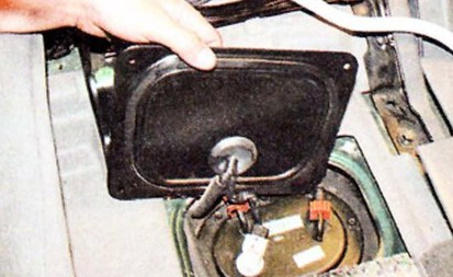 Крепление лючка топливного модуля Хендай Туссан