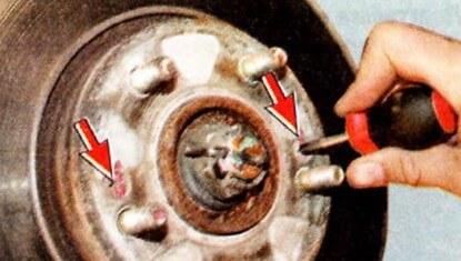 Снимаем передний тормозной диск Hyundai Tucson